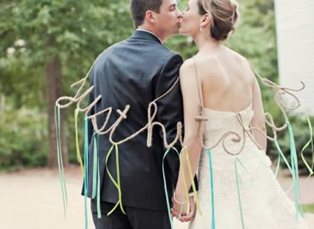 a98426_just-married_12-hitched
