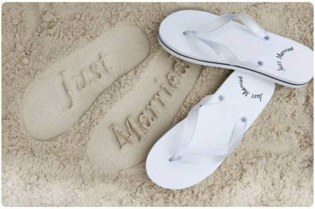 a98426_just-married_9-sandals