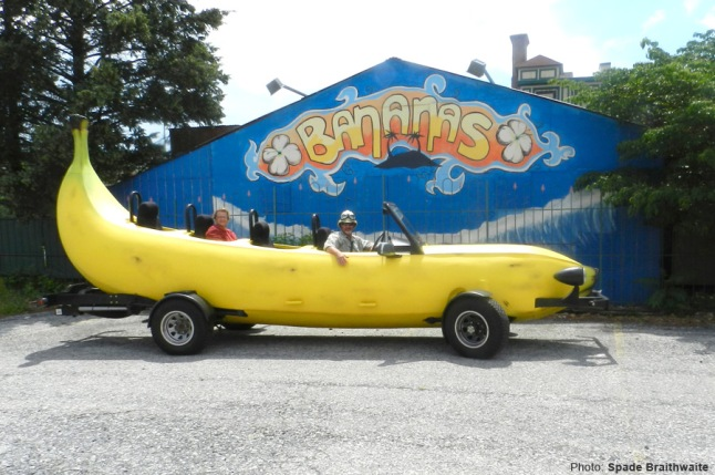 banana_car_pic_large_bananas-nghtclub-allentown-pa
