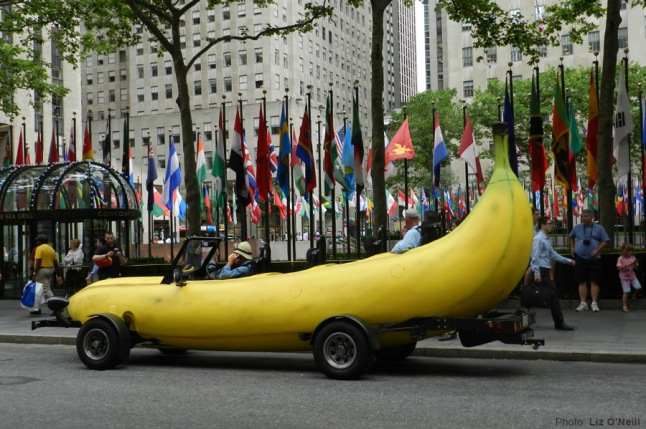 banana_car_pic_large_rockerfeller-plaza-new-york