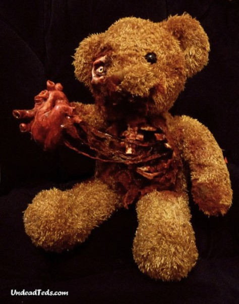 undead-teddy-bears2-550x699