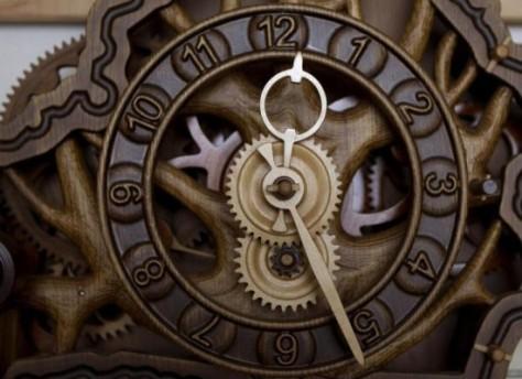 Andrey-Martyniuk-clocks4-550x400